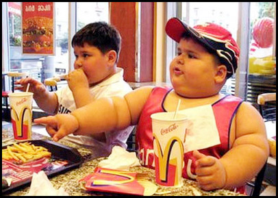 McDonald's Franchise - Obese Children Eating at McDonald's - Franchise Help